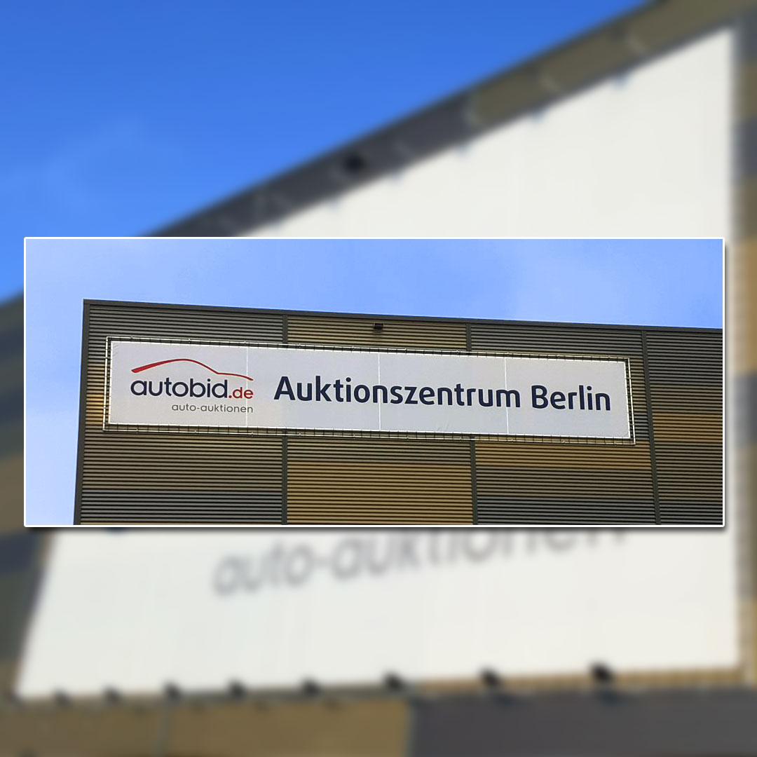 Auktionshaus Außenwerbung Banner im Großformat