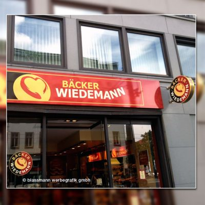 Außenwerbung Leuchtkasten & Ausstecker - Bäckerei Wiedemann