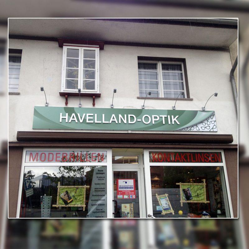 Außenwerbung Schild mit Beleuchtung - Havelland-Optik